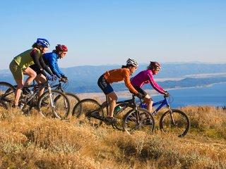 061007_b_Bike_Women33cc.jpg