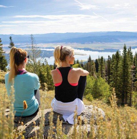 Best Hiking Activities In Tamarack