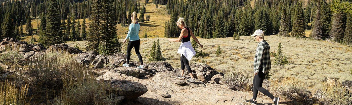 Tam-Blog-15-1cover-hiking.jpg