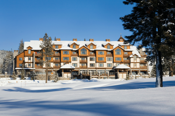 The-Lodge-Winter(2).png