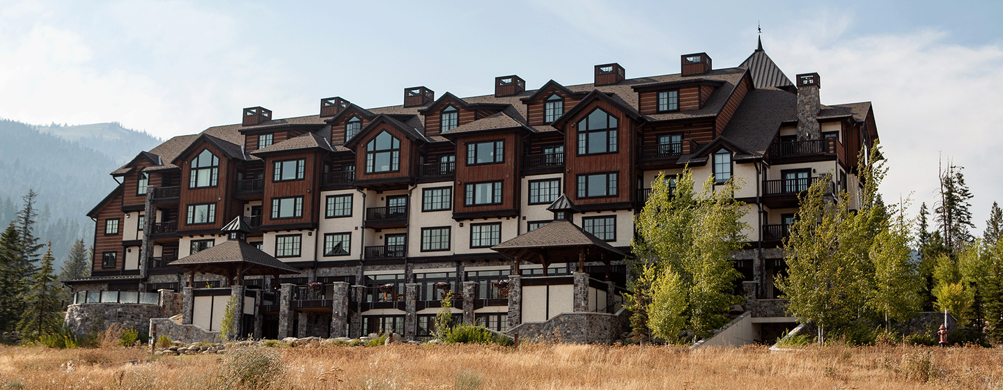 The-Lodge-at-Osprey-Meadows-(Banner-Summer).png