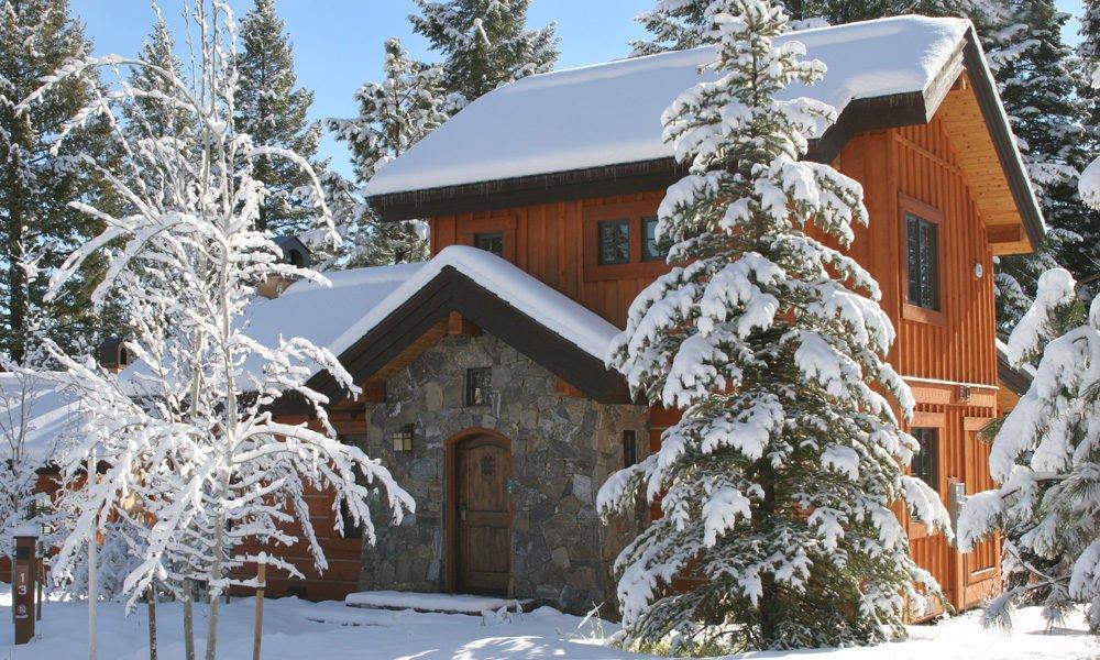 cottage_exterior.jpg
