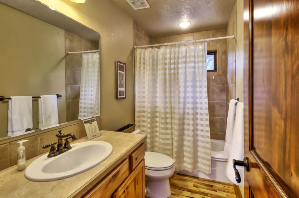 Estate Home Bathroom